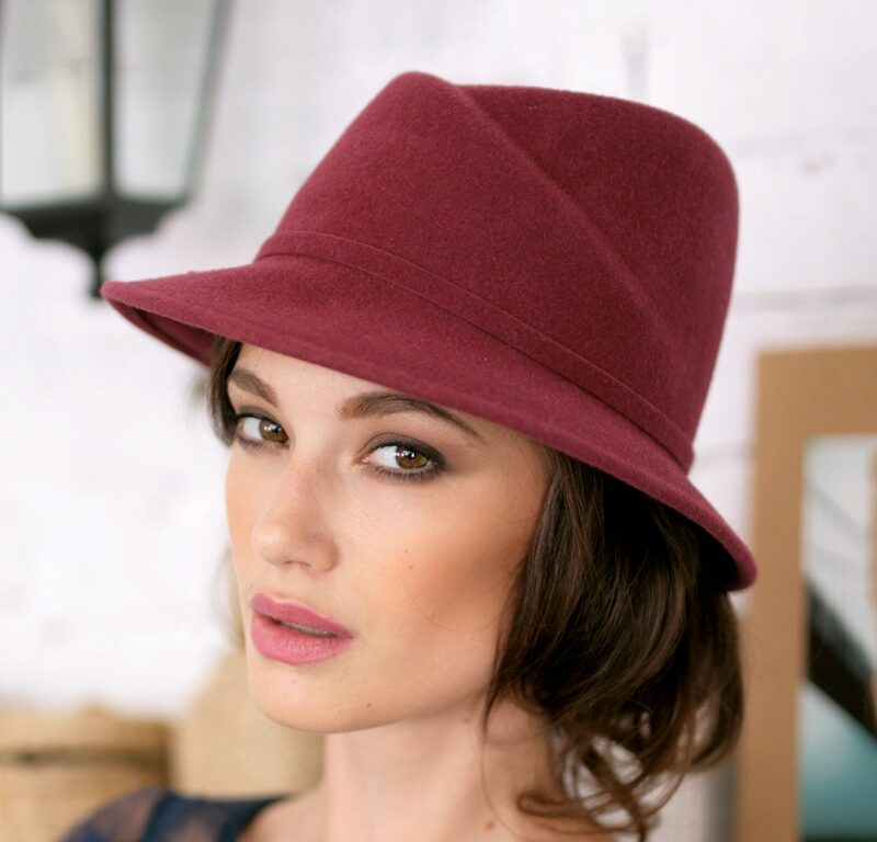 299-1 Женская фетровая шляпа Хелен Лайн