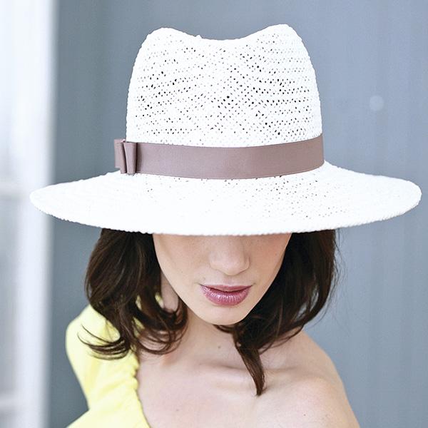 Летняя шляпа Хелен Лайн