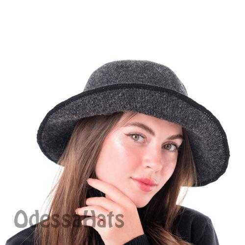 в'язаний жіночий капелюх