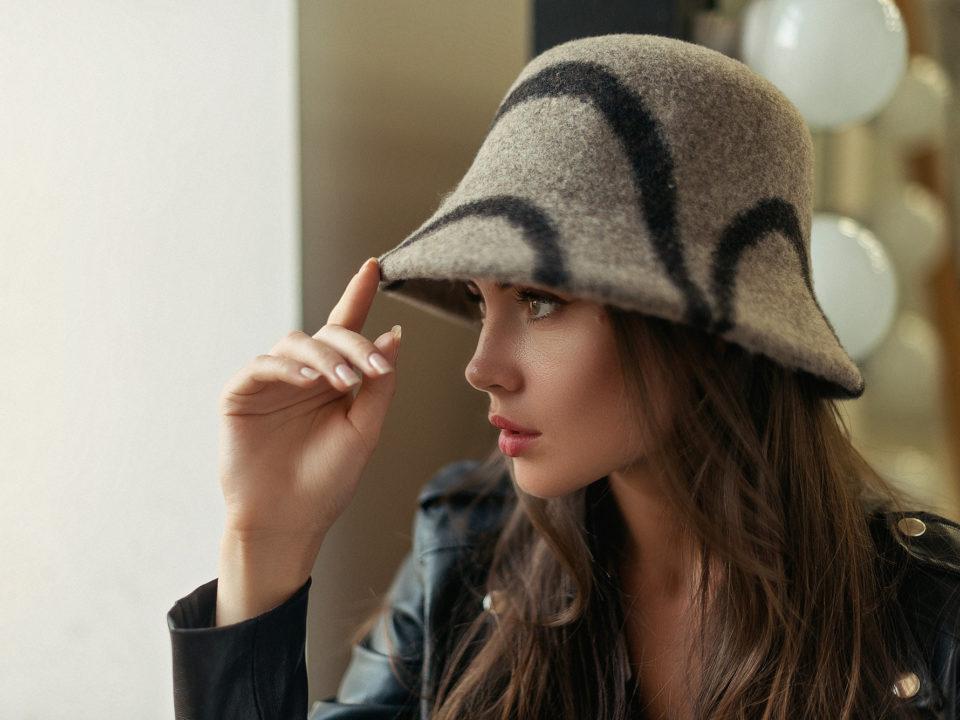 Новые модели женских шляп из валяной шерсти