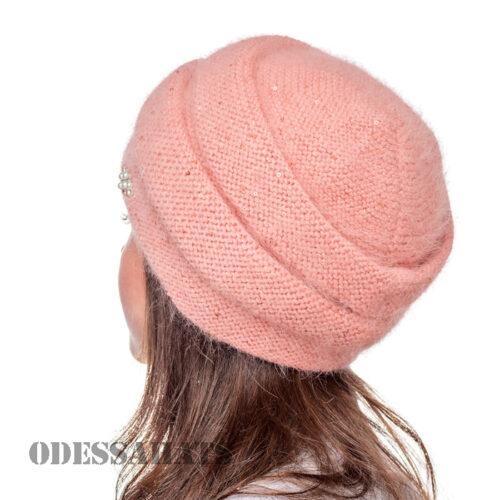 женская шапка Fans Caps