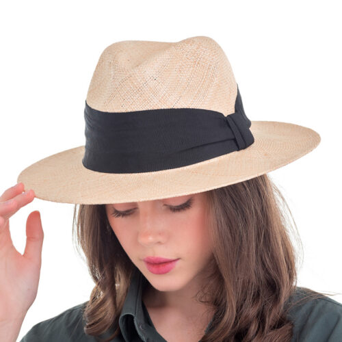 Літній капелюх з натуральної соломки